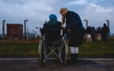 What does a disability services worker do?